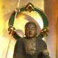 本堂の厄よけ地蔵菩薩さま。平清盛が人々の厄難を無くそうと作った石地蔵の一つと伝えられます。(通常は非公開)